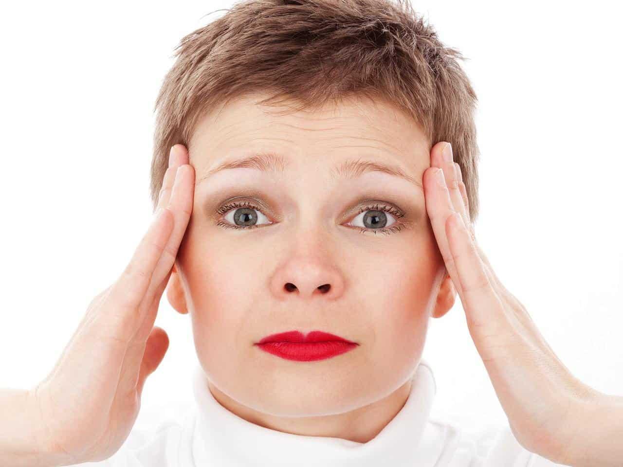 Diagnosticare un trauma cranico con un test portatile