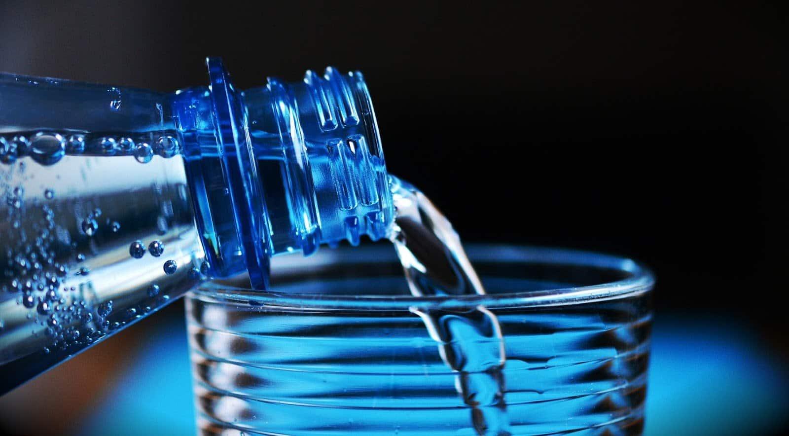 Acqua a 34 euro al litro: non per i poveri bevitori!