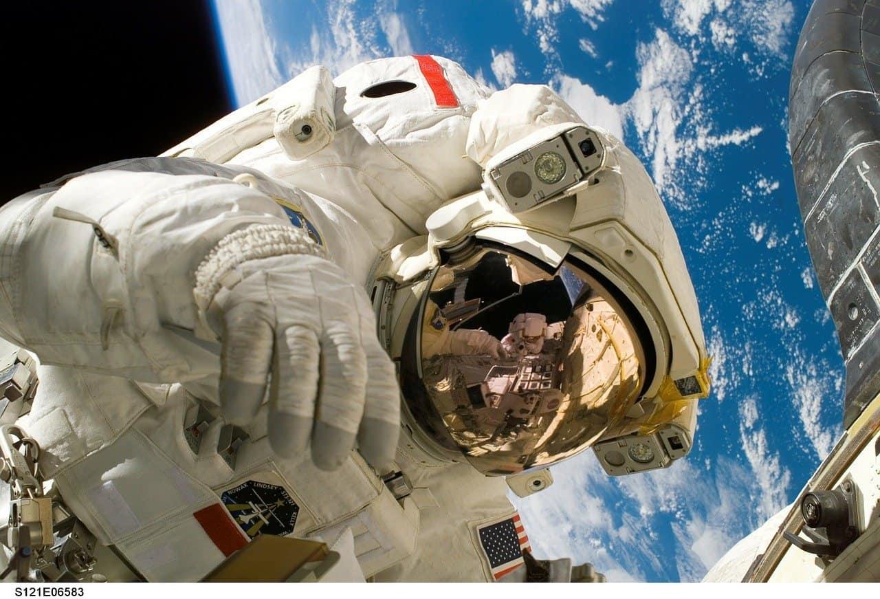 Agenzia Spaziale Italiana lancia un bando per sconfiggere il Coronavirus Covid-19