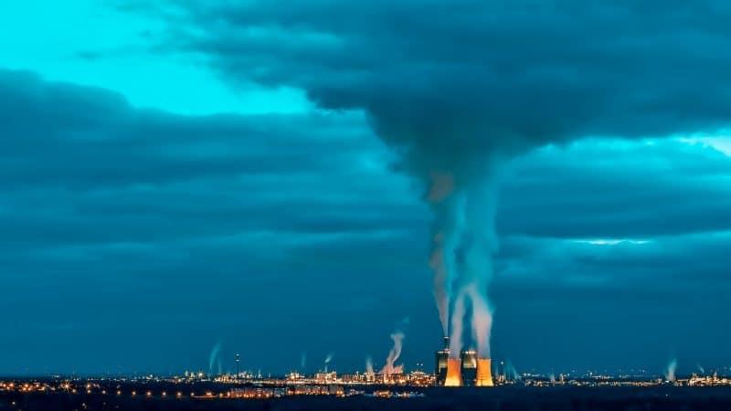 L'inquinamento dell'aria influenza diffusione e mortalità del Covid-19?