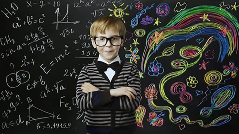 Walter Caputo ci parla del fascino della divulgazione scientifica e della matematica