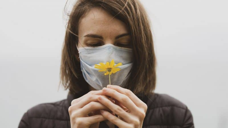 Estate e Fase 3: come proteggere la pelle da caldo e mascherine