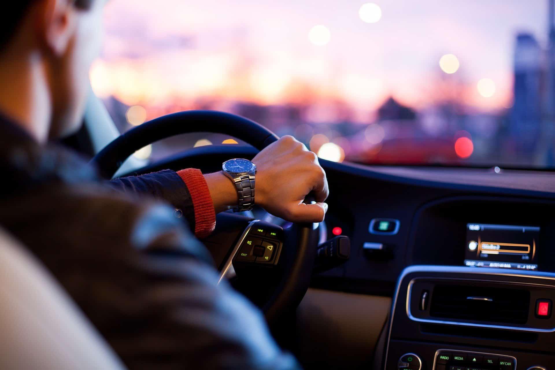 Tampone naso faringeo Covid: servizio drive-through per Milano provincia