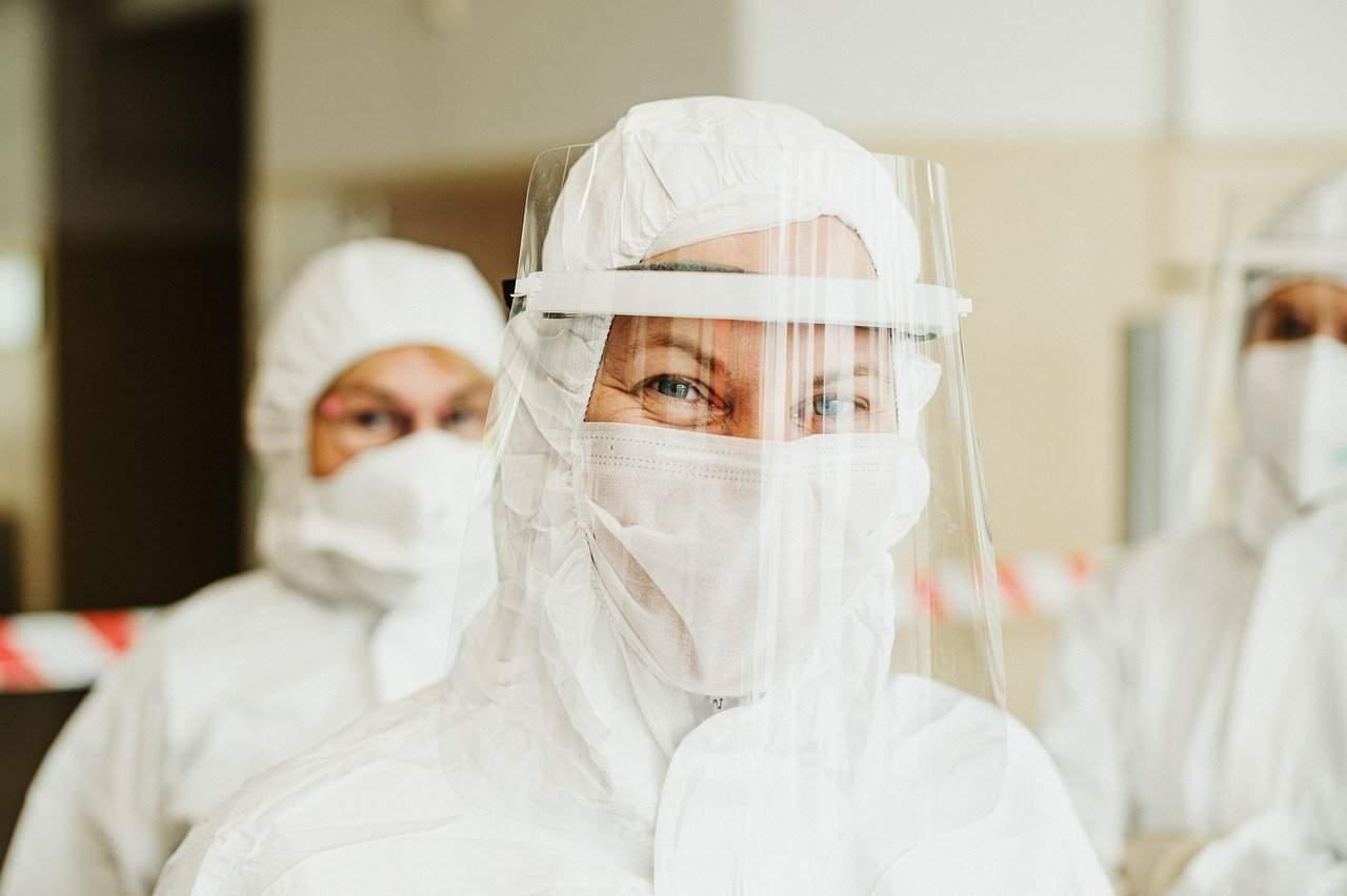 Maria Rosaria Capobianchi tra i primi 5 vaccinati italiani