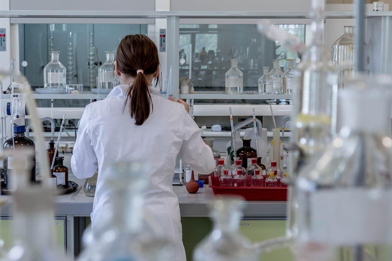 Fondazione Umberto Veronesi premia 133 ricercatrici e ricercatori